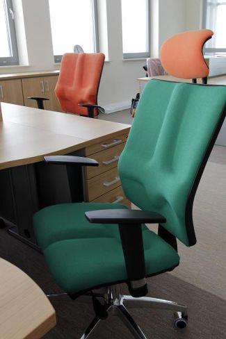 Krzesła biurowe ergonomiczne Galaxy - stanowisko pracy