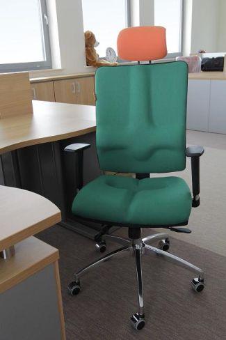 Krzesła ergonomiczne Galaxy w biurze